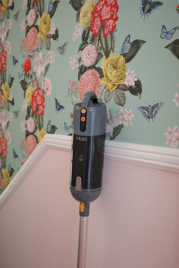 light cordless vacuum