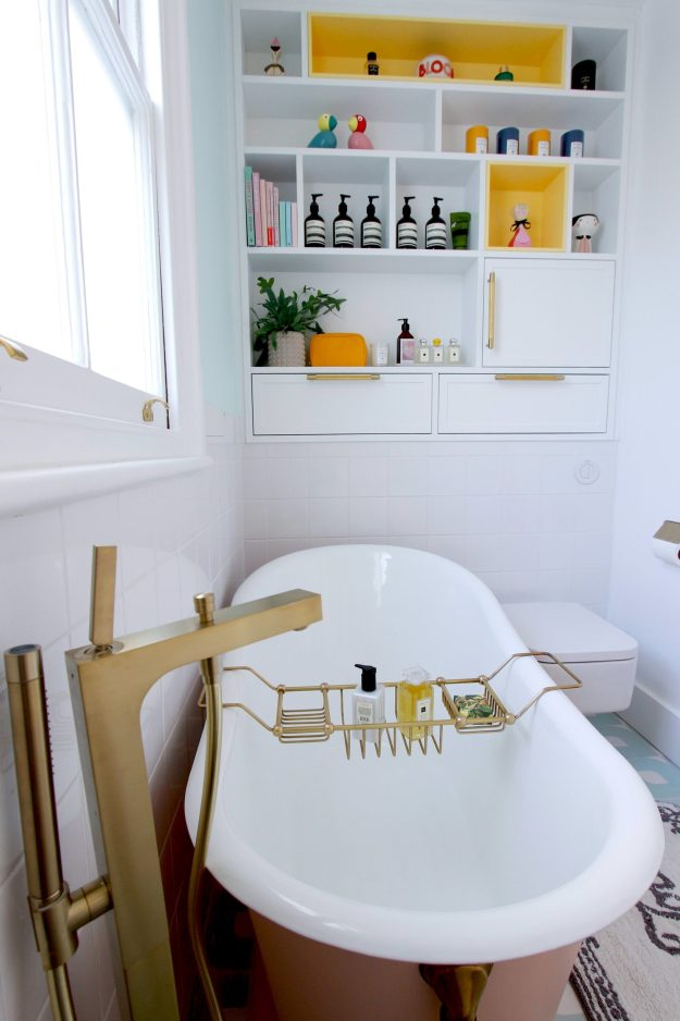 pastel colour bathroom