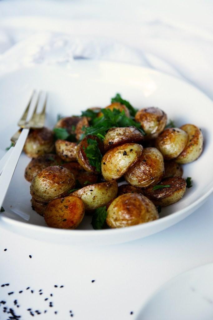 Quick Crispy Potatoes with Nigella Seeds