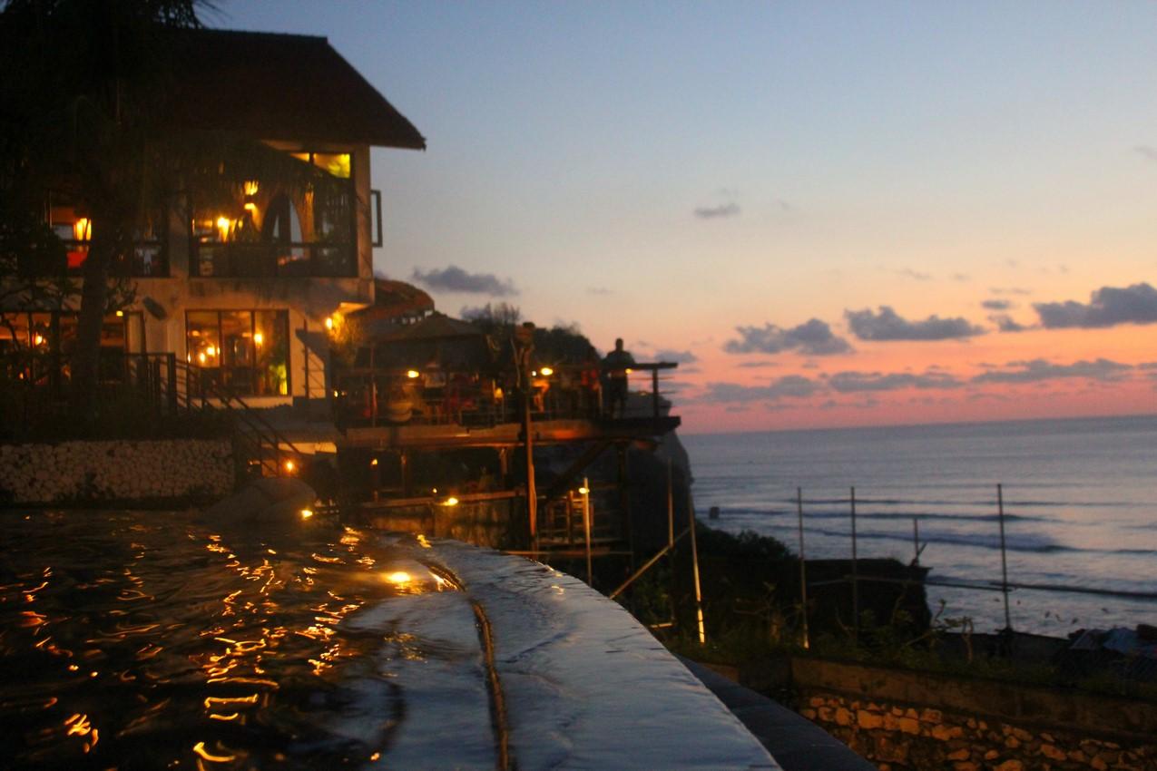 Uluwatu Bali sunset