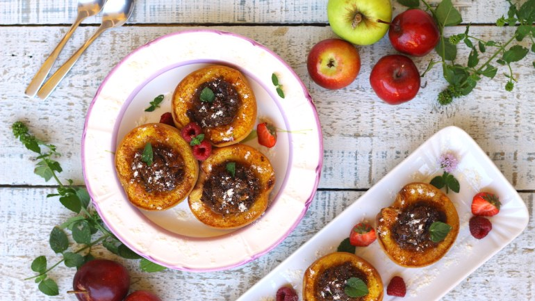 Paleo Baked Stuffed Peaches (AIP Approved)