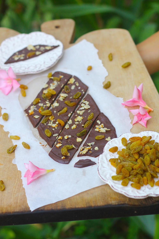 How to Make Carob Chocolate (AIP & Paleo) - Little Bites of Beauty