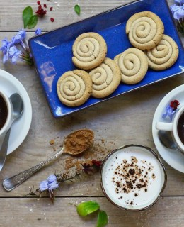Paleo Cinnamon Roll Cookies