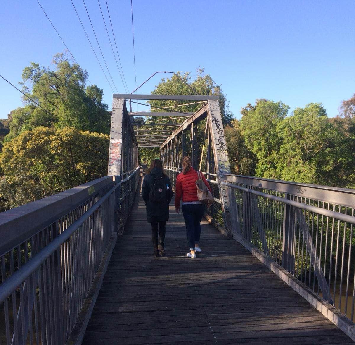 wandelen langs de yarra river