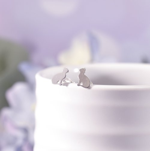 Sterling Silver Pretty Kitty Stud Earrings