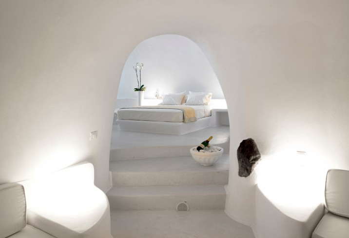 3134824-san-nicholas-cave-house-villa-santorini-greece.jpg
