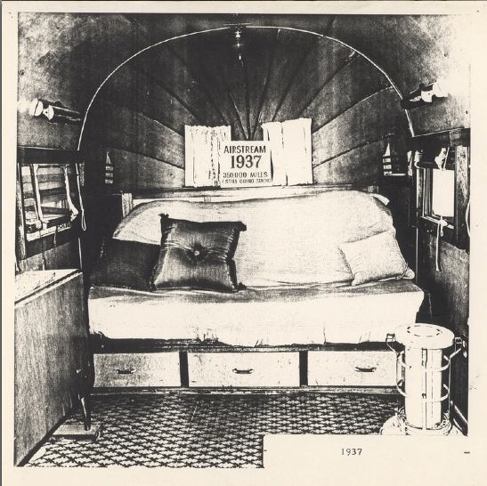 1930's interior.png
