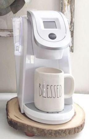 white single cup coffee maker for bedroom use -via pinterest