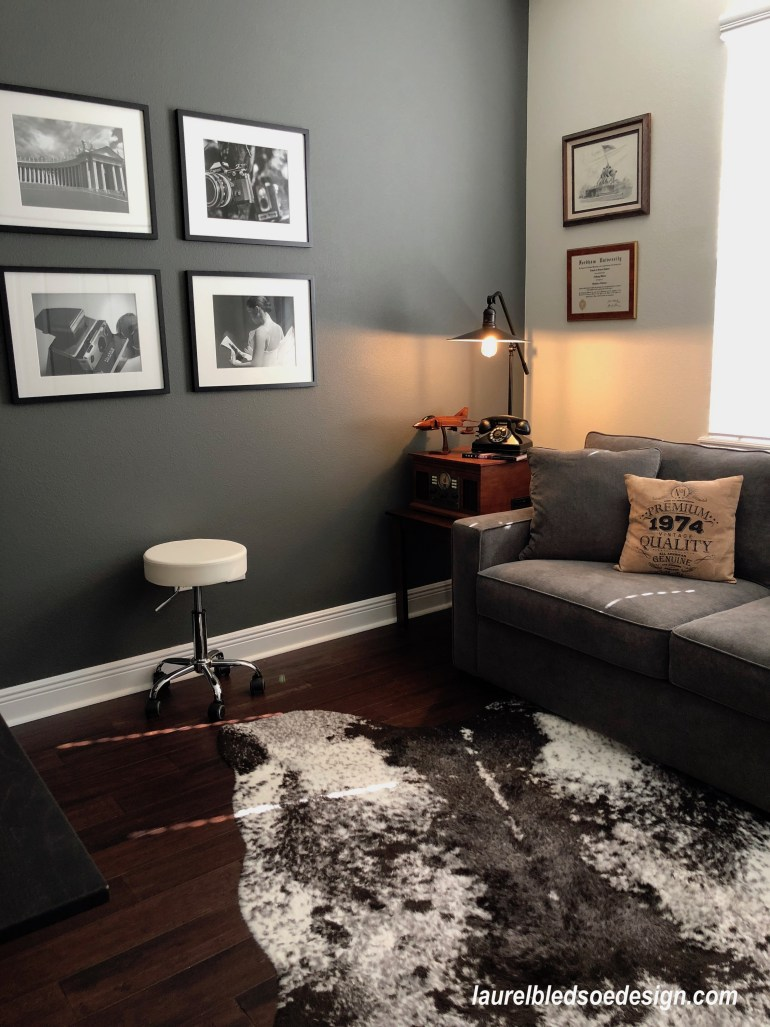 laurebledsoedesign.com_home office_hiderugs_greysofas_customart_grizzle gray walls
