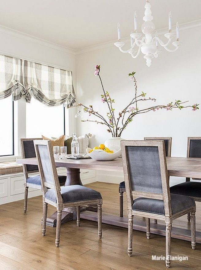 Marie Flanigan Painted Chandelier In Dining Room
