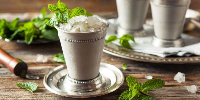 gettyimages- mint juleps