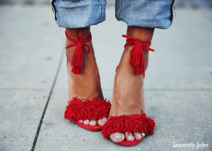 sincerely-jules-red-fringed-shoes-blue-jeans