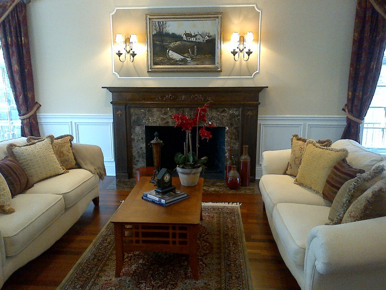 laurelbledsoedesign-littleblackdomicile-before and after-living room-fireplace