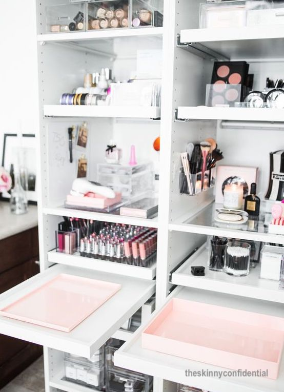 Why A Skinny Make Up Area Outside The Bathroom Is Best – Week # 3