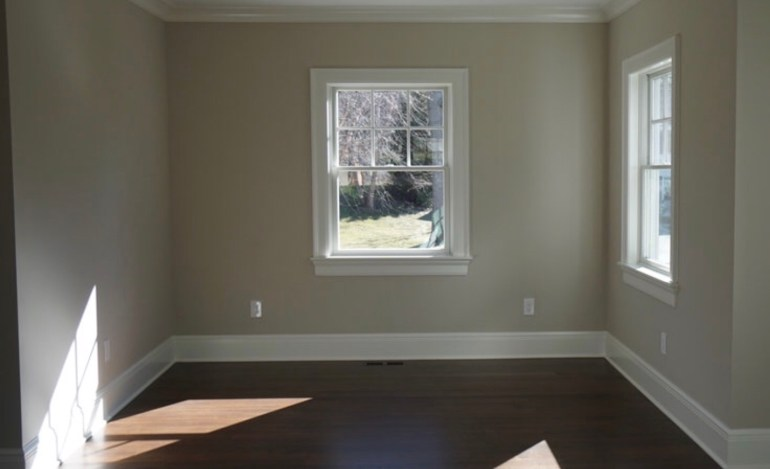 chango&co-before-beige-living-room