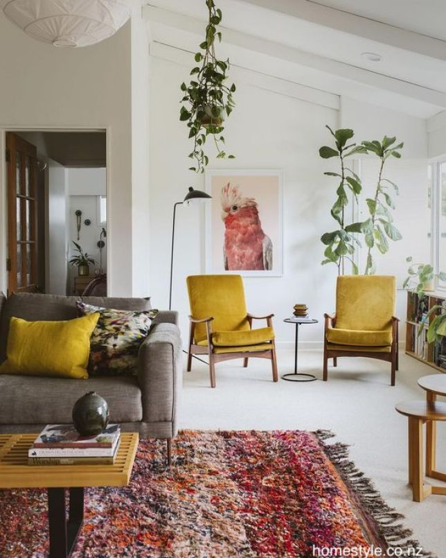 homestyle.co.nz-white-living-room-pops-color-mid-century-modern-furniture