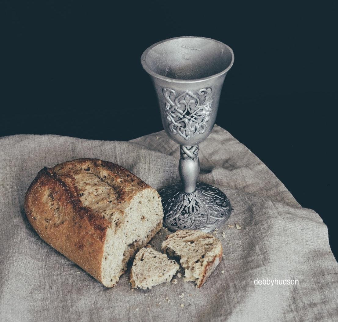 debbyhudon-artistic-wine-goblet