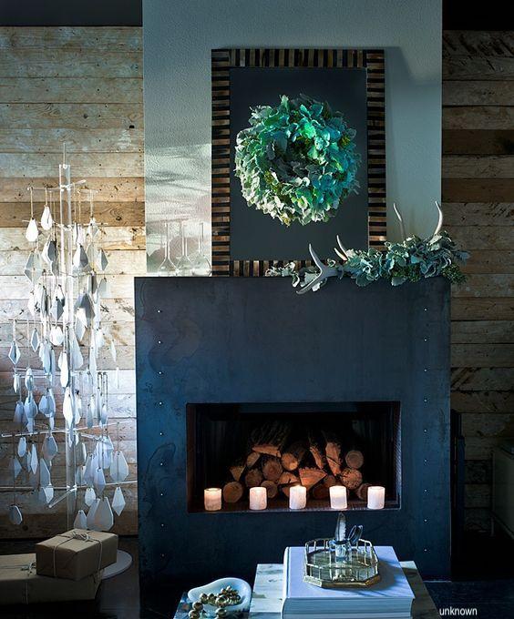 black-granite-fireplace-christmas-holdiay-decor-mantles-wreaths-fireplaces