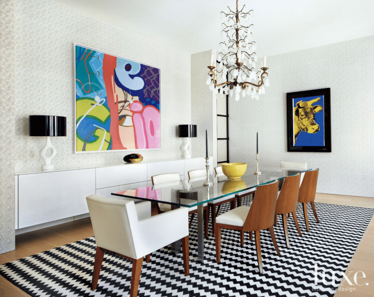 luxe.com-interior design-dining room-geometric-modern art-statement chandeliers