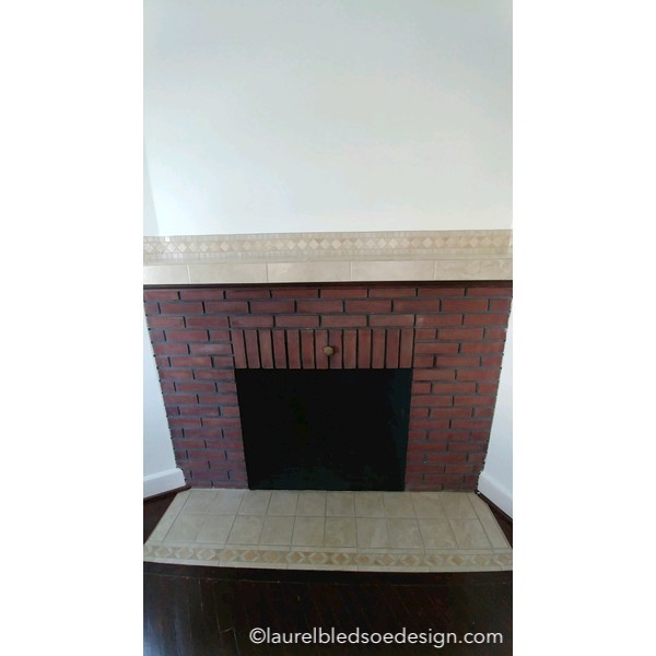 ©laurelbledsoedesign.com-fireplace-before-photo