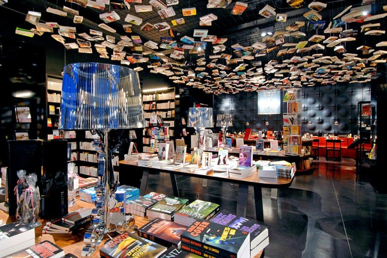 dam-images-travel-2015-bookstores-most-beautiful-bookstores-around-the-world-03.jpg