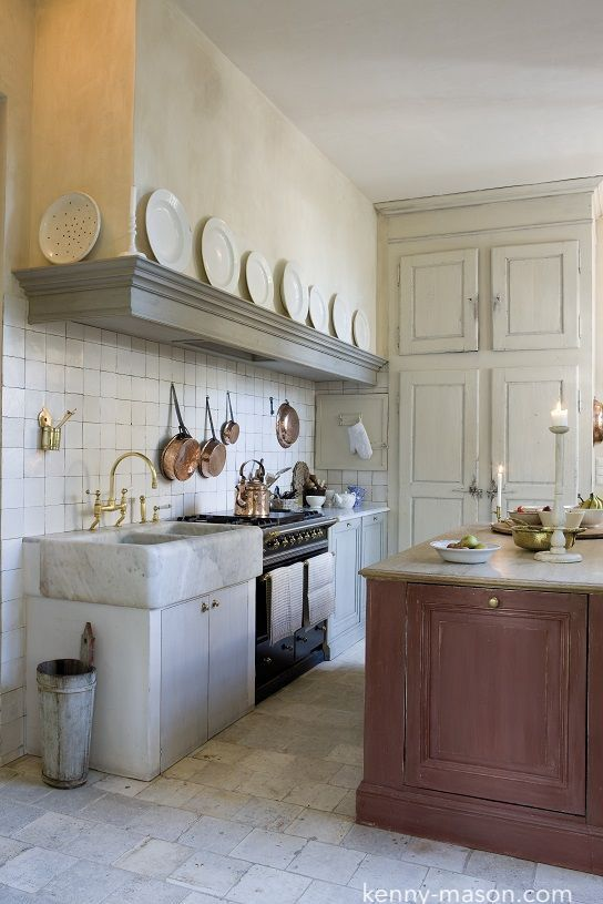 kenny-mason.com-stone-flooring-kitchen-design-european-decor