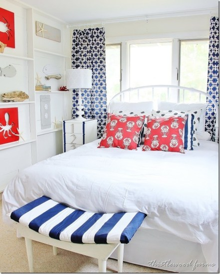 red-white-blue-coastal-bedroom.jpg