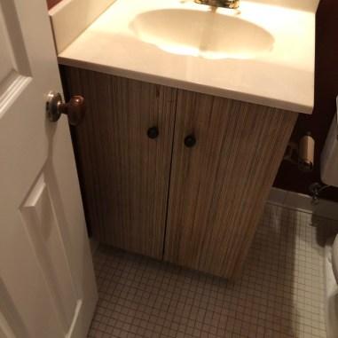 laurelbledsoedesign-beforeandafterbathroommakeover-ugly-cultured-marble-vanity