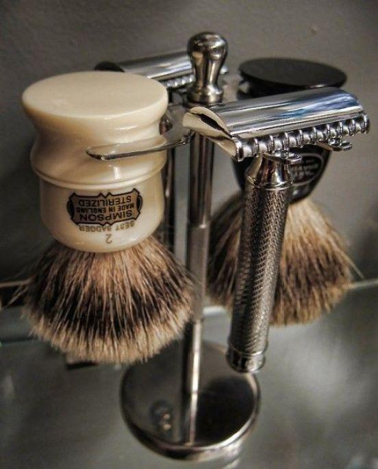 littleblackdomicile.com-shavingbrushes-silverrazors