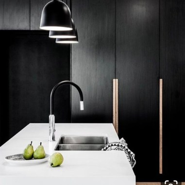 xkalka-blackcabinets-minimal-kitchen-removation