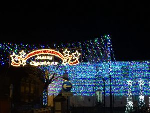 Christmas lights switch on market