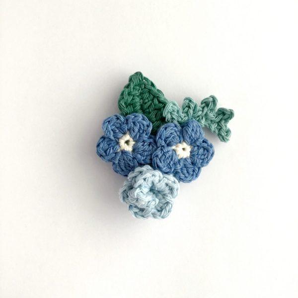 Blue Crochet Flower Bouquet Brooch
