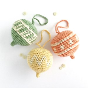 Hanging Ornament Crochet Pattern for Spring or Easter