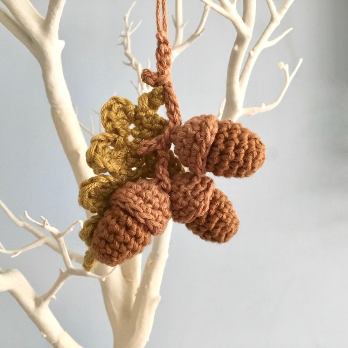 Hanging Acorn Ornaments