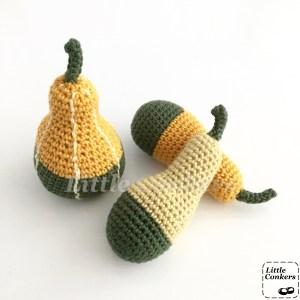 Bi-coloured Pear Gourd Crochet Pattern by Little Conkers
