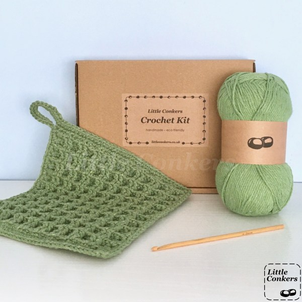 Eco-friendly kit to make a dishcloth using the waffle crochet stitch