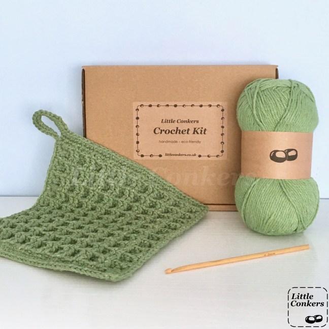 Eco-friendly kit to make a dishcloth using the waffle crochet stitch