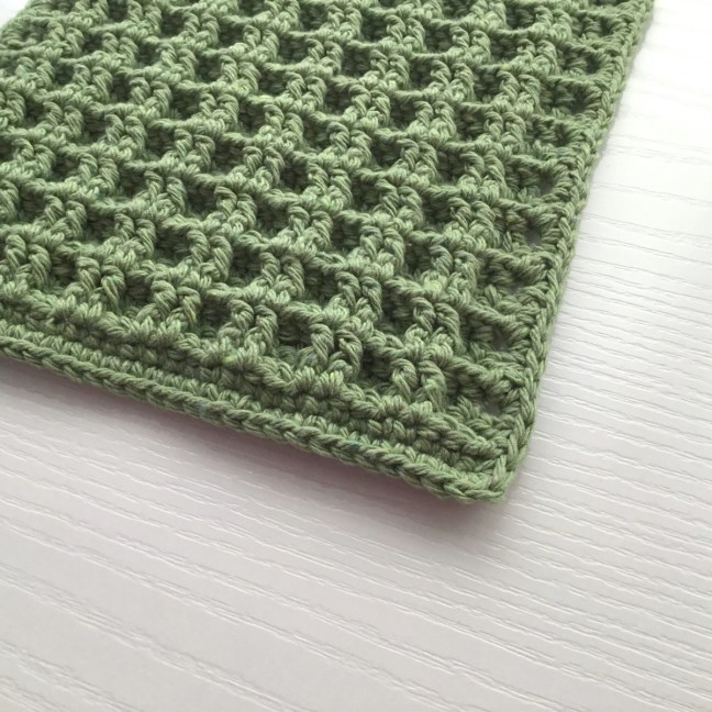 Crochet Pattern for a Dishcloth in Waffle Stitch