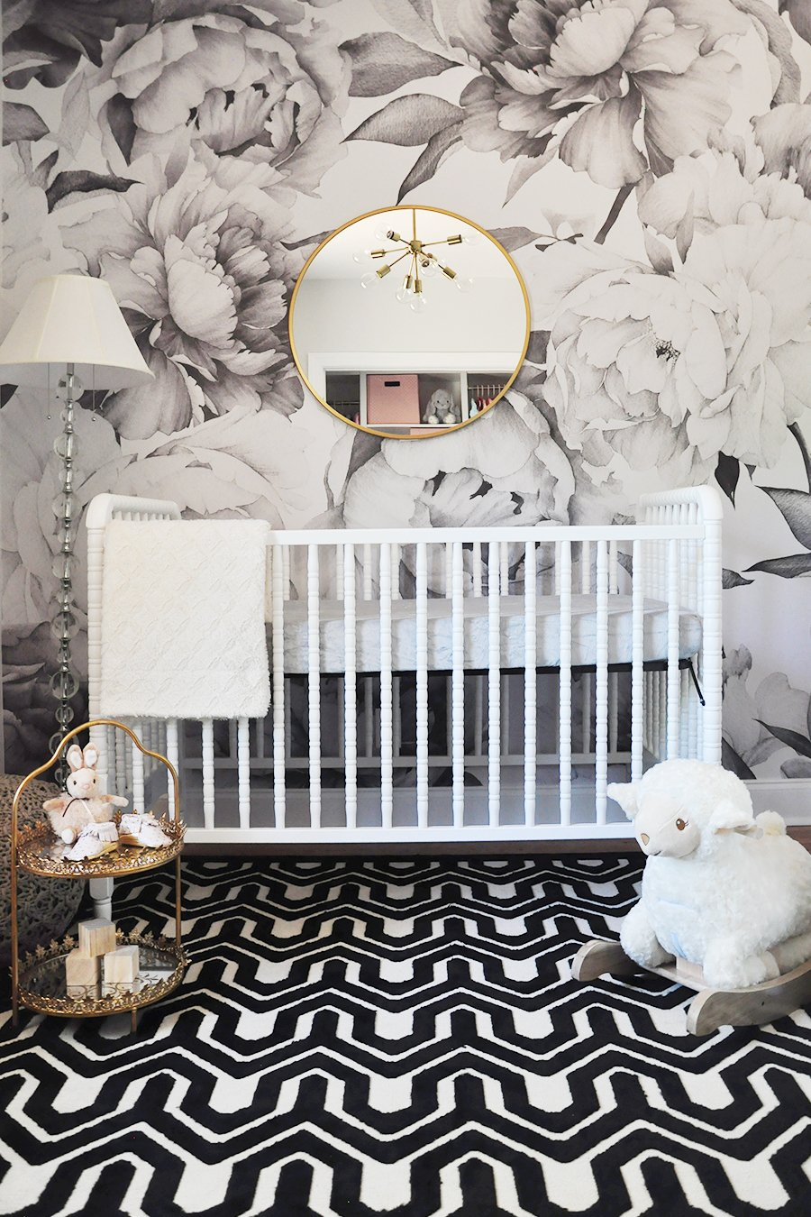 Black and white nursery design by Foxy Oxie