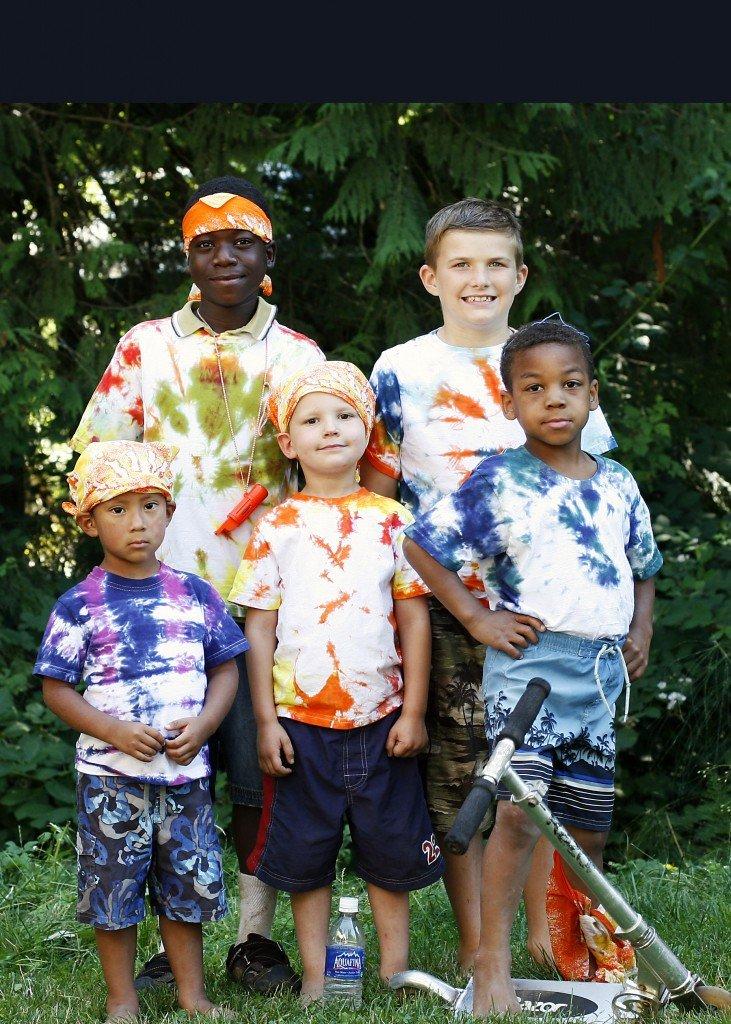 group photo at diy family camp