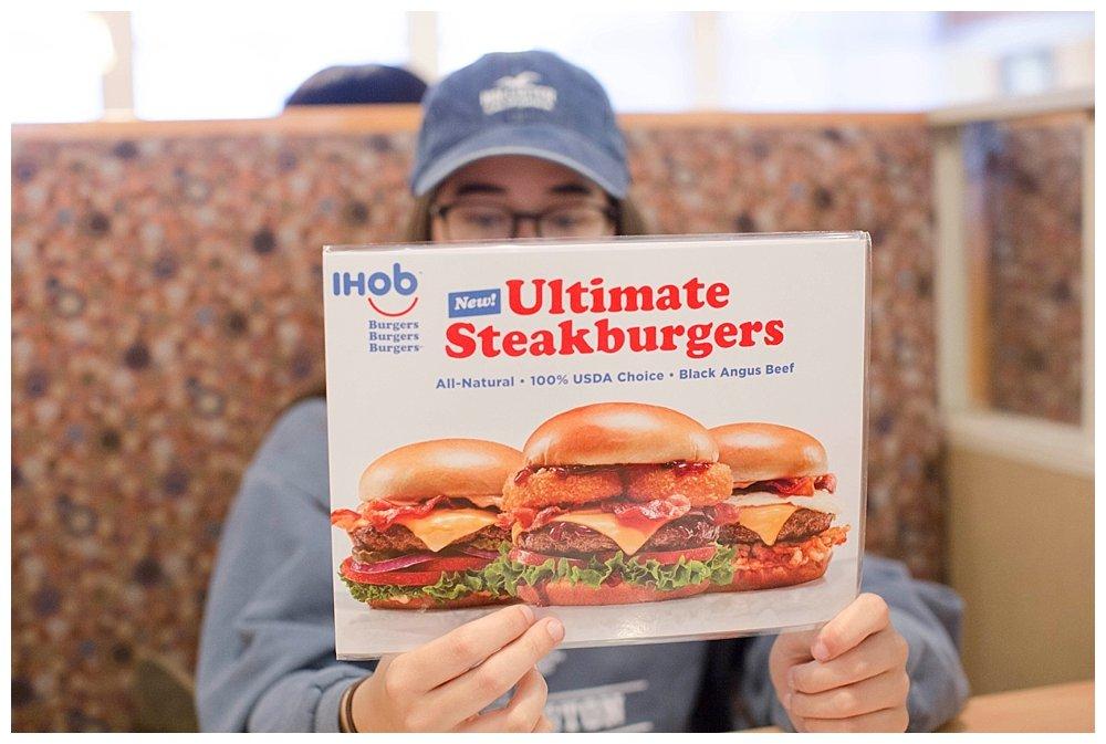 How IHOP's hamburgers really taste. IHOP to IHOB