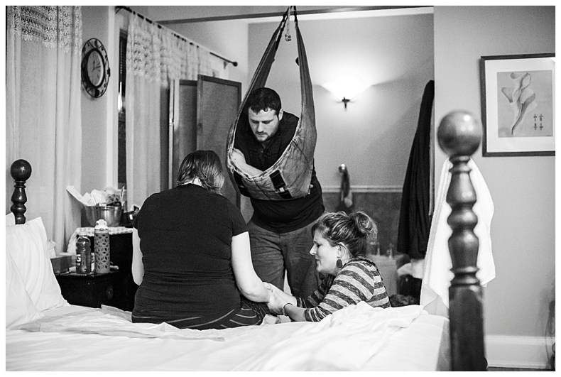 A family centered birth at Bellingham Birth Center. Photography by Renee Bergeron of Little Earthling Photography.