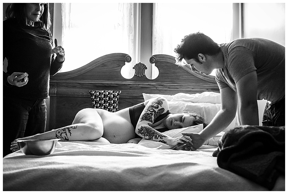 Transition can be a part of birth when women need extra support. Little Earthling Photography.