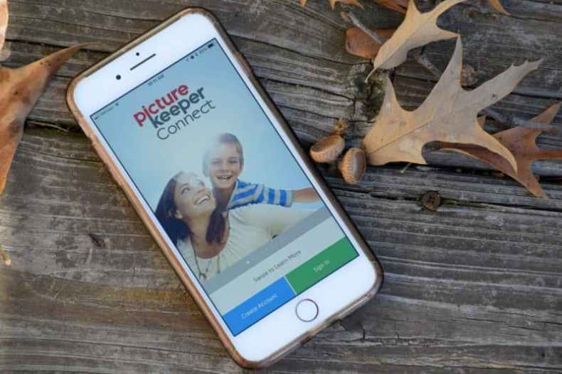 Picture Keeper is a great way to save your photos and easily back them up