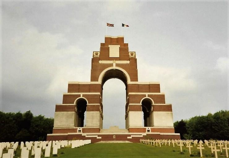 Photo of Thiepval Memorial