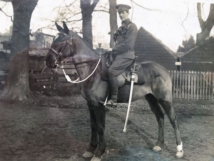 Photo of Ernie Janes Hertfordshire Yeomanry on his horse