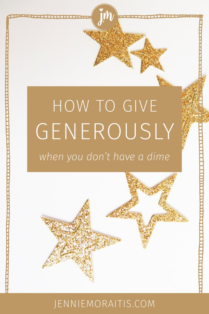 17 ways to give thoughtful gifts to your boyfriend, friends, and family even if you don't have a lot of money at the moment. A lot of these are creative and DIY gift ideas that will be so appreciated!