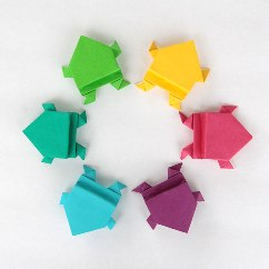 origami-frog-easy-folding-instructions-kids-fun-paper-jumping