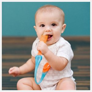 Boon Gnaw Teething Tether in Tangerine & Blue
