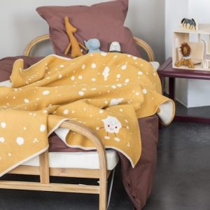 David-Fussenegger-gold-splashes-Baby-cot-Blanket